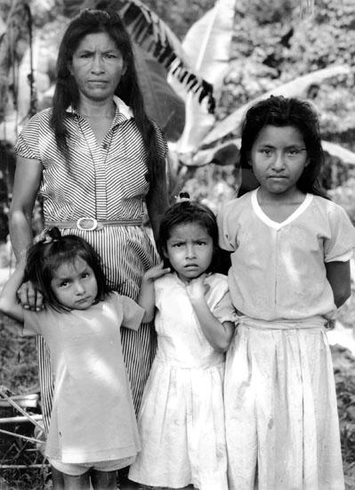 Une Mère Et Ses Trois Filles